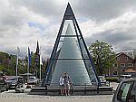 Kristallglas-Pyramide