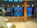 der Indoor-Pool im Hotel
